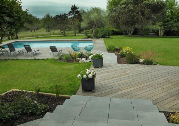 Sève Paysage paysagiste Saint-Viance terrasse bois